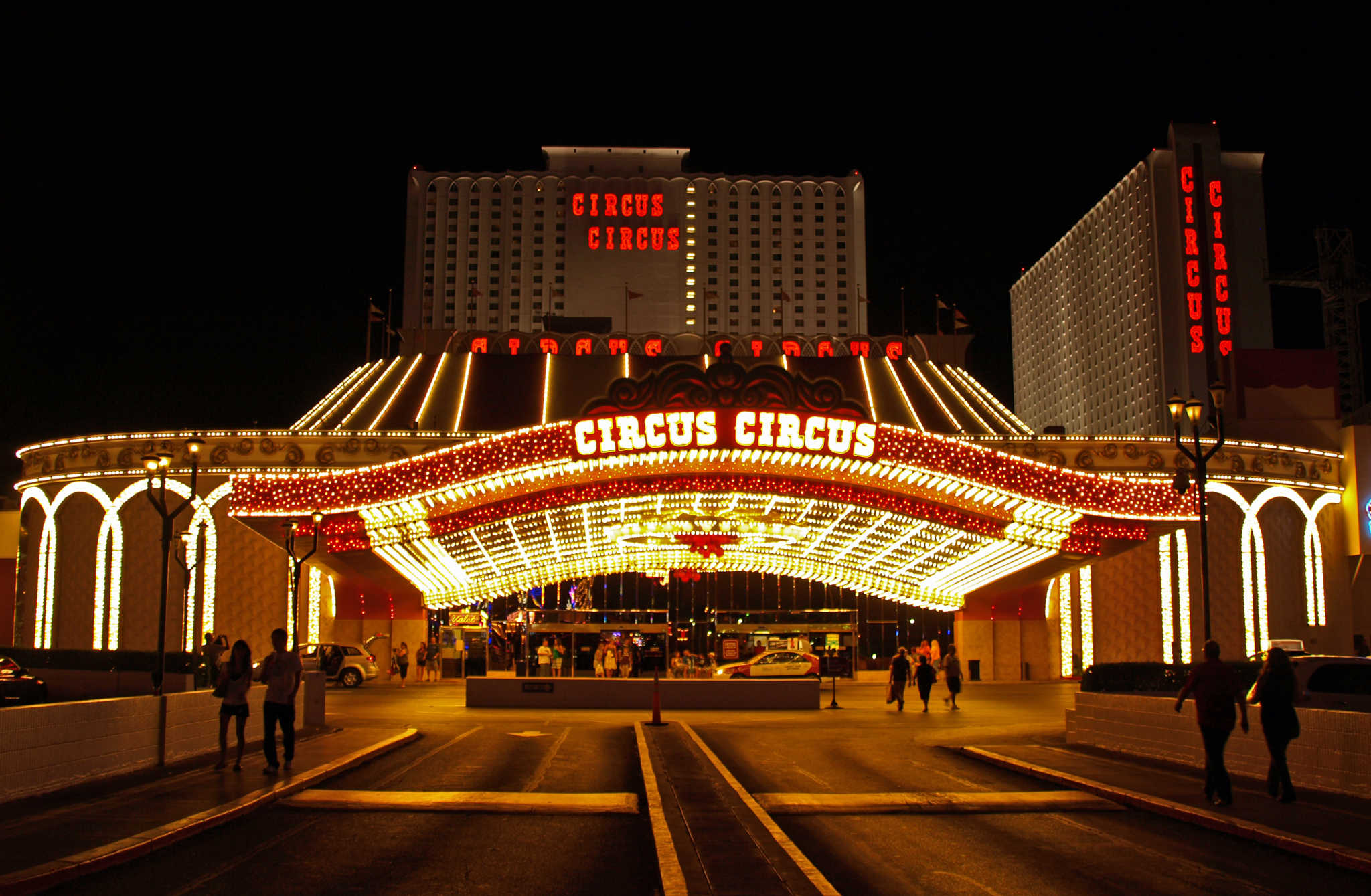 How To Get Free Hotel Rooms In Las Vegas
