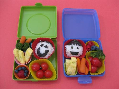 how to prepare lunch box for kids 3 easy steps. Black Bedroom Furniture Sets. Home Design Ideas