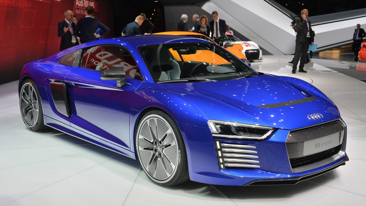 audi r8 e tron 2016 specifications price and release. Black Bedroom Furniture Sets. Home Design Ideas