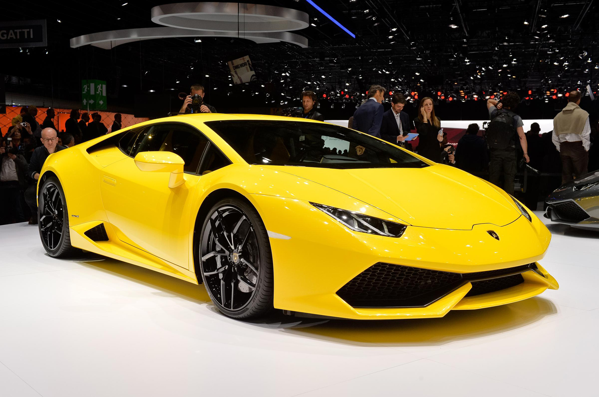 lamborghini huracan 2015 specifications price and releas. Black Bedroom Furniture Sets. Home Design Ideas