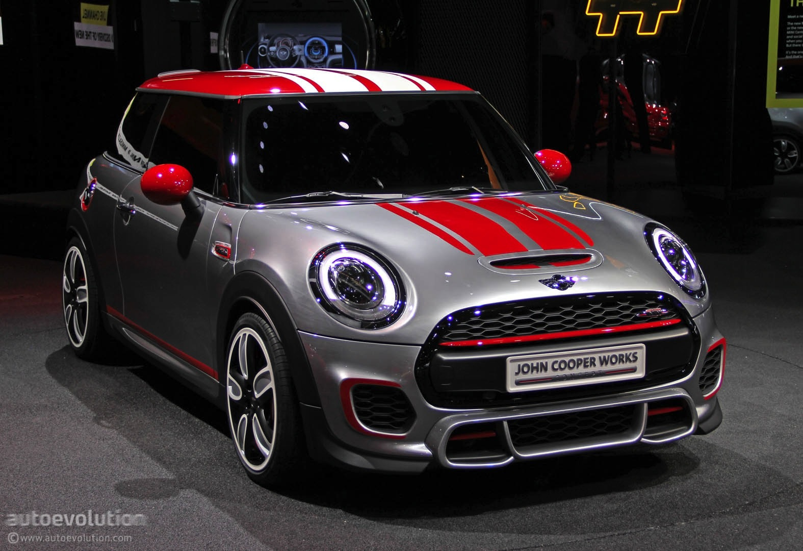 mini john cooper 2015 specifications price and release. Black Bedroom Furniture Sets. Home Design Ideas