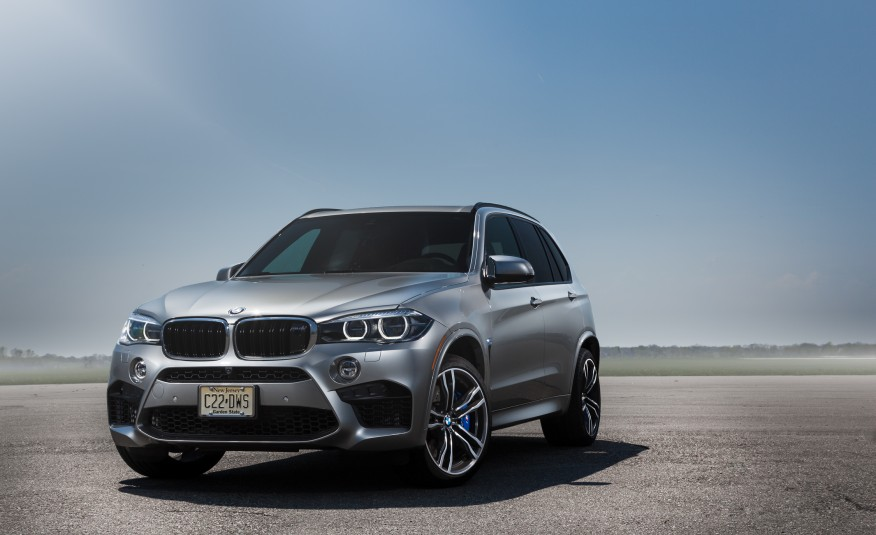 bmw x5 m 2015 performance and luxury all the way. Black Bedroom Furniture Sets. Home Design Ideas