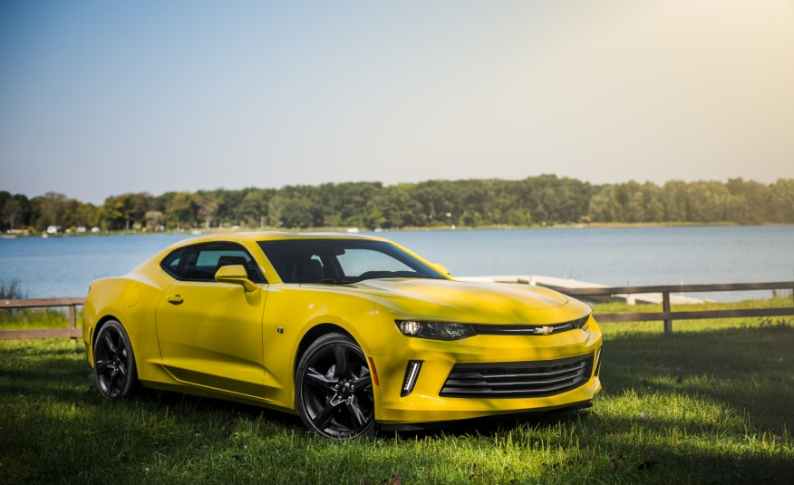 Chevrolet Camaro V-6 Manual 2016