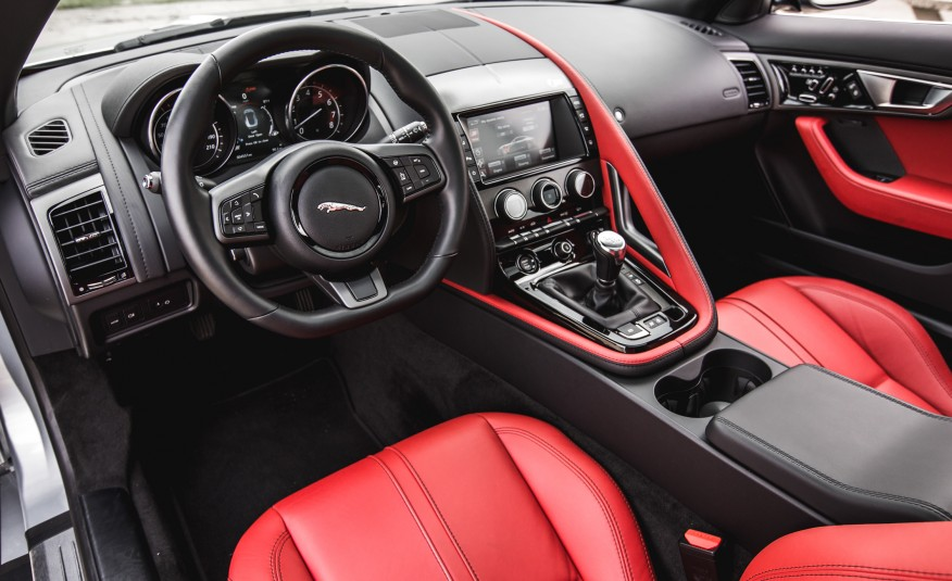 Jaguar F-type S Coupe Manual