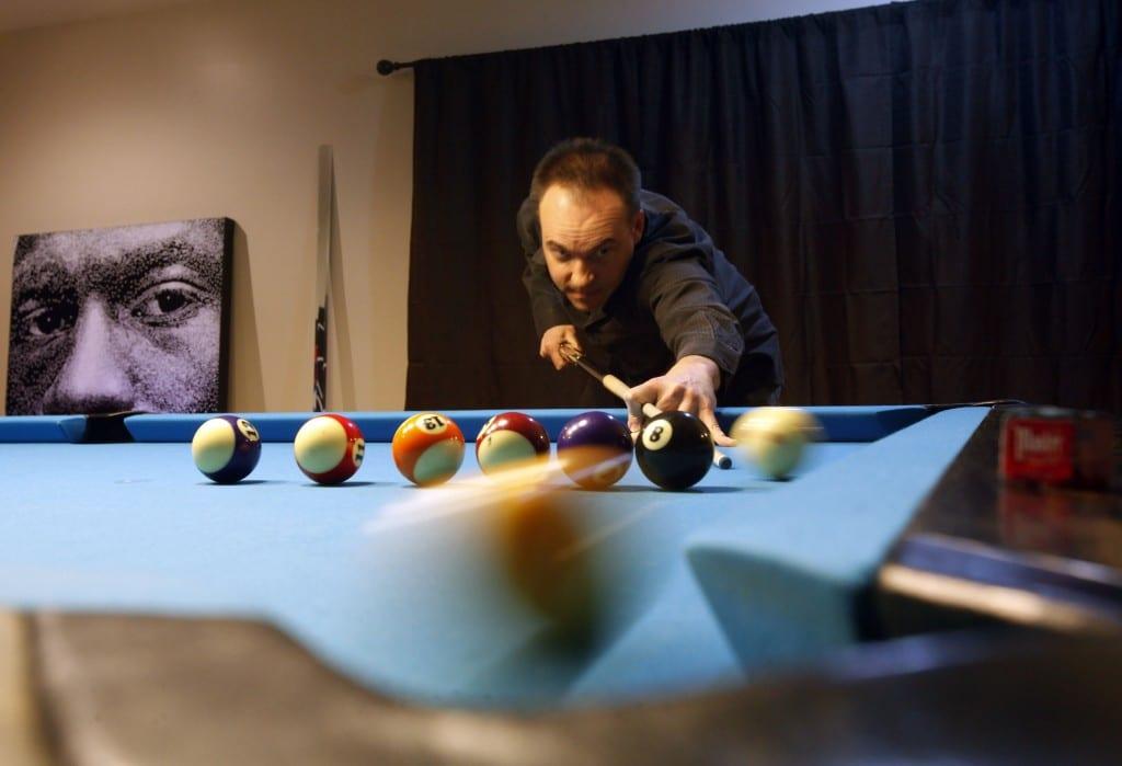 Cue Stick like a Billiard Expert