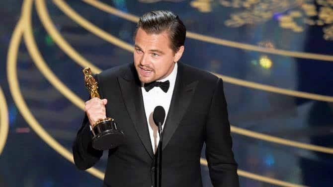 Leonardo DiCaprio Finally Wins Academy Award after more than Two Decades
