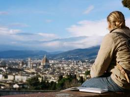 Best Jobs Abroad For Traveling People