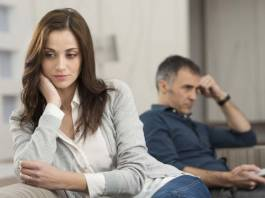 How Parents' Midlife Divorce Affects Young Adults