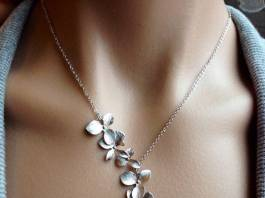 How to Clean Your Jewelry Safely
