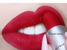 How to Wear Your Red Lipstick Correctly