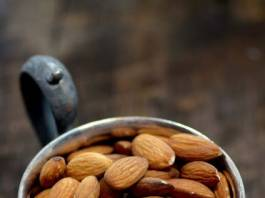 Eating Almonds as a Weight Loss Technique
